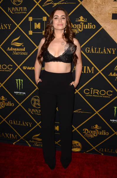 Sophie Simmons 00046